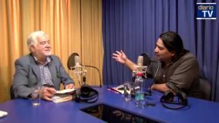 Juan Pablo Cárdenas conversa con Pedro Cayuqueo