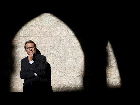 Καταλονία: Απειλές ανεξαρτητοποίησης πριν τις εκλογές
