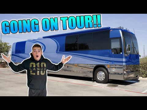 I'M GOING ON TOUR! *HUGE SURPRISE*