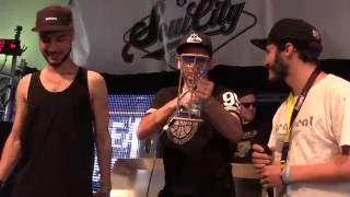 Watch the quarterfinal between Eon from Austria versus Slizzer from Luxembourg live on stage at the Frauenfeld Beatbox Battle. The whole competition was judged by ZeDe from Switzerland, Zeero from Germany and Penkyx from Belgium. The contest was produced by Bee Low for Beatbox Battle TV with the support of Flimme TV and AEE Cameras as a side event of the Frauenfeld Openair Festival. #BBBTVBBB³TV = BEAT BOX BATTLE TELEVISION ♪ Battles - Interviews - Showcase - FreestyleHome: http://BeatBoxBattle.TV Profile: http://google.com/+BeatBoxBattleTV Beatbox Battle® World Championship - Convention Days - Club Caixa da Batida Bôite à Rythme Bit Boks κτυπήστε το κιβώτιο Mond Percusie 拍 子 盒 Scatola di Battute 비트박스 коробка удара 敲打箱子 Vocale Percussie صخبا الطرق Bittaus Vocal Percussion Maultrommel Special FX Sound Mouth Drumming A cappella