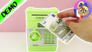 Video Coffre-fort avec mot de passe! Cacher des Billets & des Pièces dans un coffre-fort! MP3, 3GP, MP4, WEBM, AVI, FLV September 2017