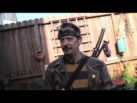 Guns & Gardens, Episode 1 – How to Survive the Zombie Apocalypse