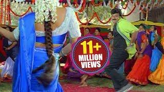 Video Bavagaru Baagunnara Movie Songs - Aunty kuthura  - Chiranjeevi Ramba MP3, 3GP, MP4, WEBM, AVI, FLV Oktober 2018