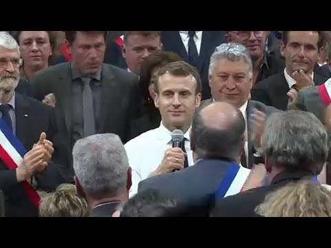 Frankreich: Gelbe Westen - alle blicken auf Macron