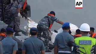 Video Recovered debris from Lion Air plane crash brought to Jakarta MP3, 3GP, MP4, WEBM, AVI, FLV Maret 2019