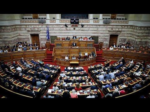Δριμεία αντιπαράθεση Τσίπρα – Μητσοτάκη στη Βουλή για την οικονομία…