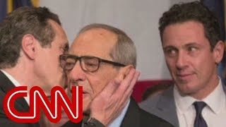 Video CNN anchor remembers his father, former NY Gov. Cuomo MP3, 3GP, MP4, WEBM, AVI, FLV Juli 2018