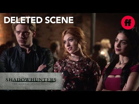 Shadowhunters Season 3, Episode 3 Deleted Scene   Clary, Jace & Izzy Search For The Owl   Freeform