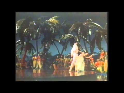 Tekst piosenki Cole Porter - Begin The Beguine po polsku