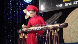 [Hội Ngộ Đàn Tranh III - 2012] NS Hồng Hạnh độc Tấu GIỮ TRỌN MÙA XUÂN
