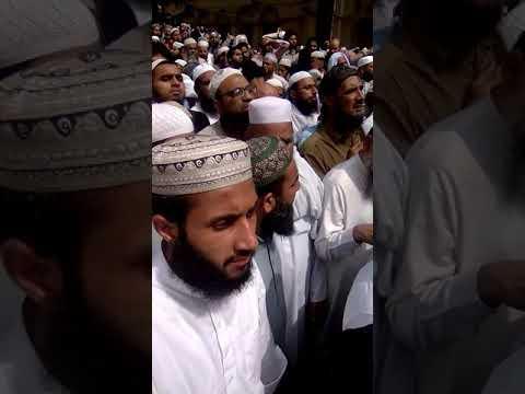 Video peere tateeqat Sufi Muhammad sarwar ,rh,ke janaze ka tareekhsaz manzar , minjanib,Sahibzada Moazzam download in MP3, 3GP, MP4, WEBM, AVI, FLV January 2017