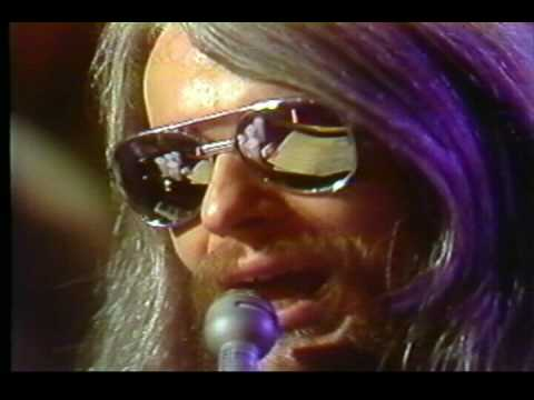 Tekst piosenki Leon Russell - A song for you po polsku