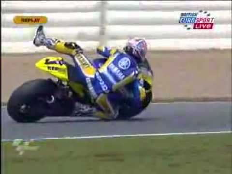 Colin Edwards - Colin Edwards using his long limbs and elbows to great effect, saving his Yamaha M1 from crashing at turn 1, Jerez MotoGP qualifying 2008 on the Tech 3 Polin...