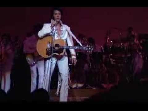 Tekst piosenki Elvis Presley - I Got A Woman (I Got A Sweetie) po polsku