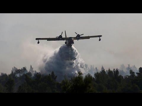 Εύβοια: Συνεχίζεται για 2η μέρα η μάχη με τις φλόγες – Στην Εύβοια ο πρωθυπουργός…