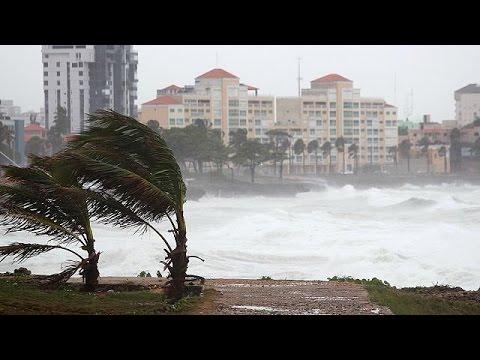 Εξασθενεί η τροπική καταιγίδα Έρικα