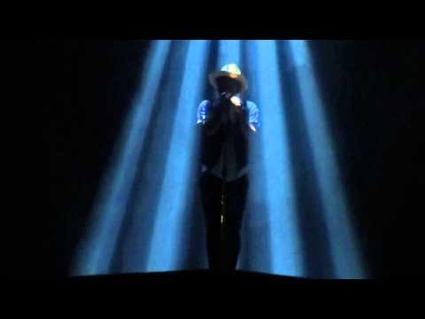Bruno Mars – Gorilla live at Allphones Arena Sydney 10/03/14