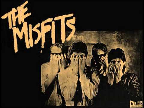 Tekst piosenki Misfits - We bite po polsku