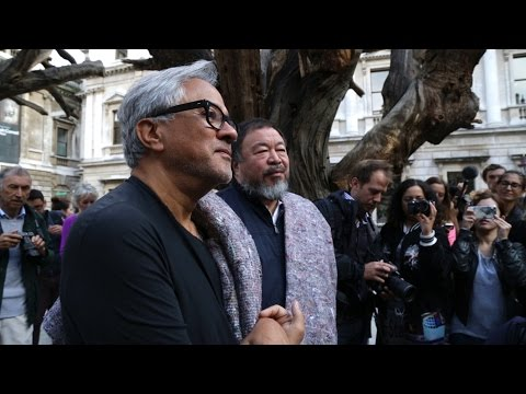 Ai Weiwei y Anish Kapoor: The Walk. TateShots