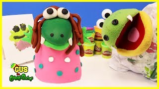 PLAY DOH playtime and Crayons drawing Pretend Play Presents for Mommy funny kids video