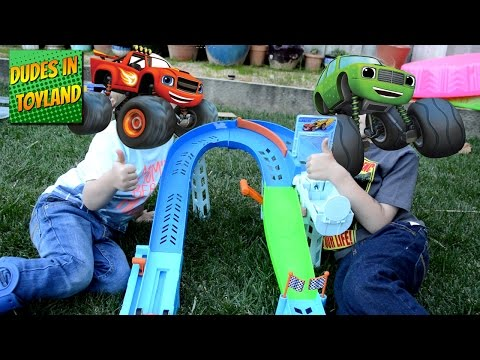 Blaze and the Monster Machines Flip and Race Speedway monster truck toys videos for kids