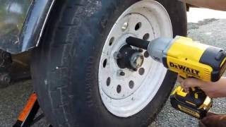DeWalt Brushless 20v Impact Wrench (DCF899) Changing Tire
