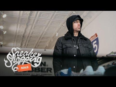 Eminem покупает кроссовки вместе с «Complex»