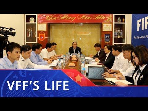 Chủ tịch LĐBĐVN Lê Khánh Hải làm việc với TTĐT Bóng đá trẻ Việt Nam| VFF Channel - Thời lượng: 101 giây.