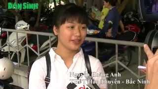 Daily news - Ghi nhận của phóng viên baodansinh.vn các thí sinh làm bài thi được thực hiện trên máy tính tại các phòng thi tiêu chuẩn. Khi kết thúc bài làm, ...