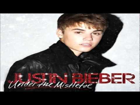 Justin Bieber Feat. Busta Rhymes se déguisent en Papa Noël en 2011