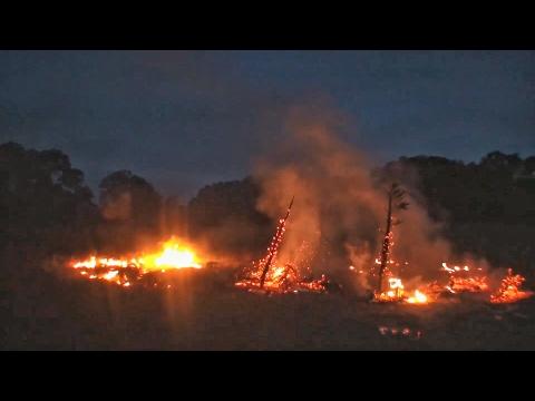 Как на ранчо праздновали Новый год - 2016 | Разрушительное ранчо | Перевод Zёбры (видео)