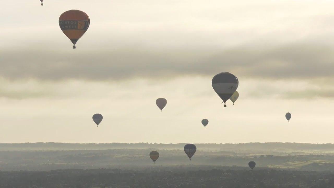 Φαντασμαγορικό θέαμα με  αερόστατα   στην Αγγλία