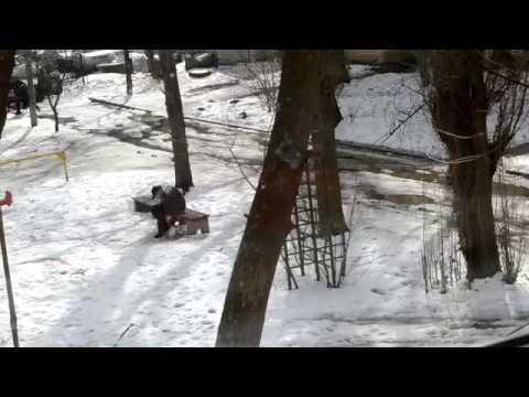 Как торчки воюют с передозом в моем дворе