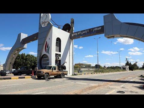 Λιβύη: Ανεστάλησαν οι πτήσεις στην Τρίπολη – Στόχος βομβαρδισμού το αεροδρόμιο…