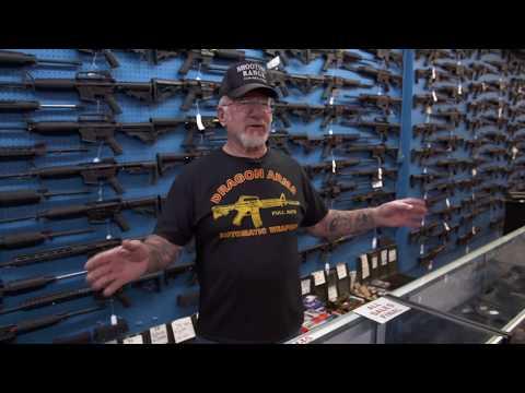 Waffennarr: Mel Bernsteins bizarres Kriegsmuseum