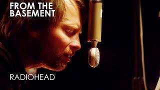 Radiohead - Videotape - Live from the basement ➫ Lyrics On Video © KOMCA_CS / CMRRA / APRA_CS / SOCAN / ICE_CS / Warner Chappell / Sony ATV Publishing / PEDL...