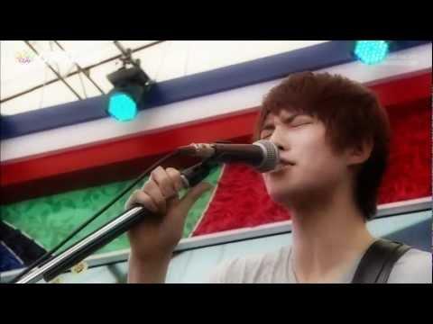 CNBLUE ⓜⓔⓩⓐⓜⓐⓢⓗⓘ Live 2012