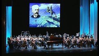 В Челябинске выступил один из лучших симфонических оркестров России