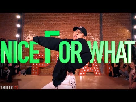 "Drake Feat. Big Freedia - ""Nice For What"" 