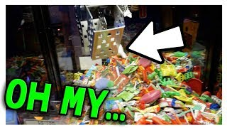 Video I wasn't supposed to win this from the claw machine... MP3, 3GP, MP4, WEBM, AVI, FLV Juli 2018
