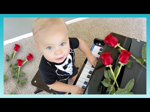 vlogging - Oliver borrows Daddy's credit card and discovers the fun world of online shopping at http://www.kidslandusa.com Do YOU want to shop, too? Enter to WIN a $250 Kidsland Gift Card HERE: http://ti...