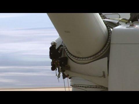 Turbine Cowboys: Industrial athletes