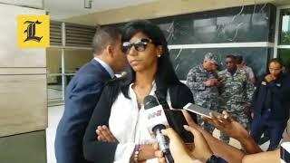 """Esposa de """"Quirinito"""" dice no fue apresada, solo impedida de salir del país"""