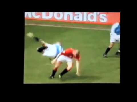 Mejores Peleas del Futbol (Soccer Fights)!!!!!!
