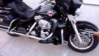4. 2005 Harley Davidson Ultra Classic FLHTCUI