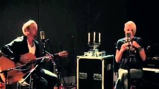 Emma Hewitt Carry Me Away (Live Acoutic Versions)