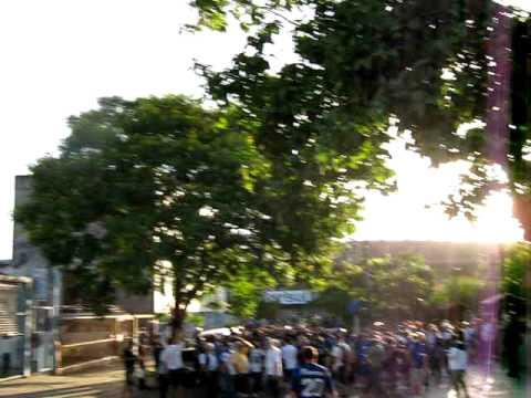 Gremio - Liverpool  02-02-2011 127.AVI - Los Negros de la Cuchilla - Liverpool de Montevideo