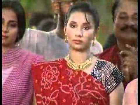 Kaanch Heen Baans Ke Bahangiya ...Bahangiya lachkat jaye.. By Kalpana