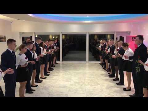 Wideo1: Polonez w wykonaniu uczniów I Zespołu Szkół we Wschowie