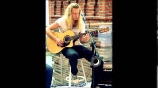 Video Adam Malík ft. Ella - SEDMÉ NEBE
